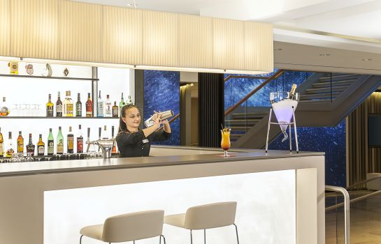 Bar del hotel NH Collection Berlin Mitte Friedrichstrasse