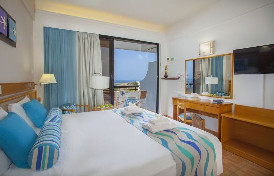 Standardzimmer Cavo Maris Beach Hotel