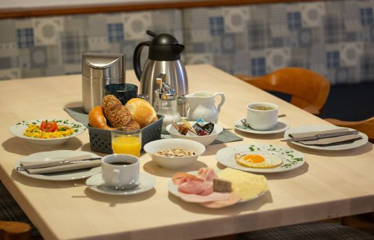 Breakfast buffet Falk Gasthof