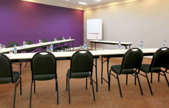 Conference room ibis Styles Joinville