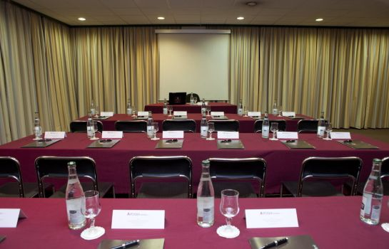 Conference room Apogia Paris