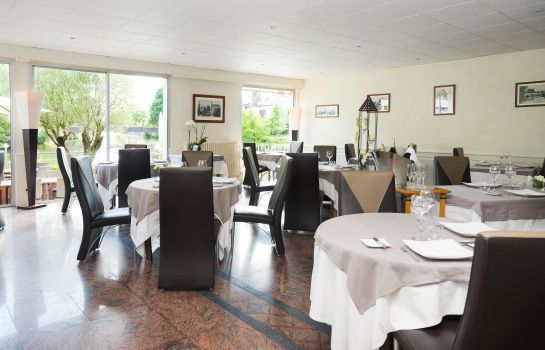 Restaurante Hotel The Originals Le Germinal (ex Relais du Silence)