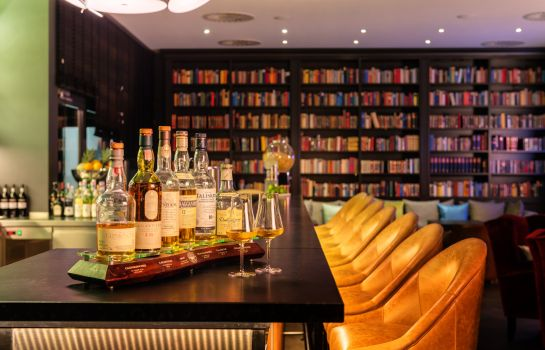 Bar hotelowy Park Plaza
