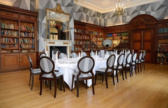 Restaurant Eynsham Hall