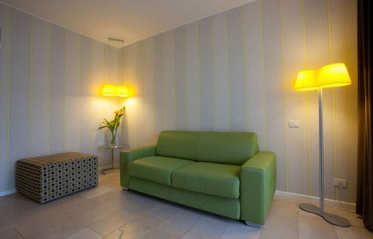 Suite Golden Tulip Rome Airport