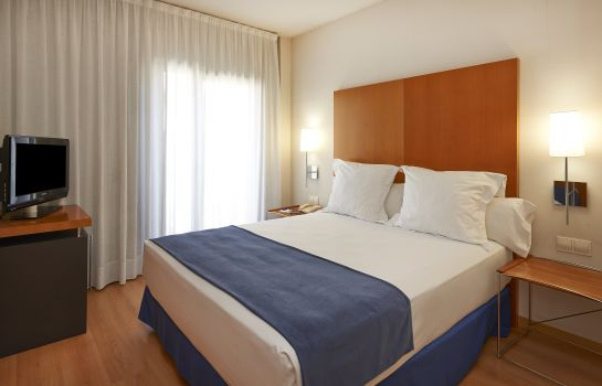 Suite junior NH Hesperia Barcelona del Mar
