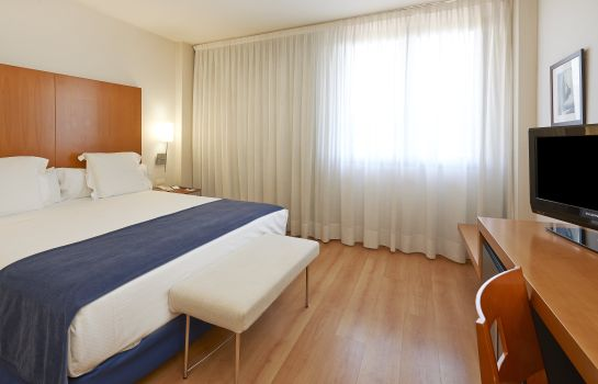 Double room (standard) NH Hesperia Barcelona del Mar