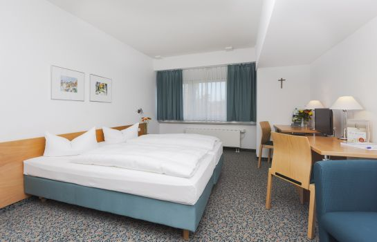 Chambre double (standard) Akademie-Hotel
