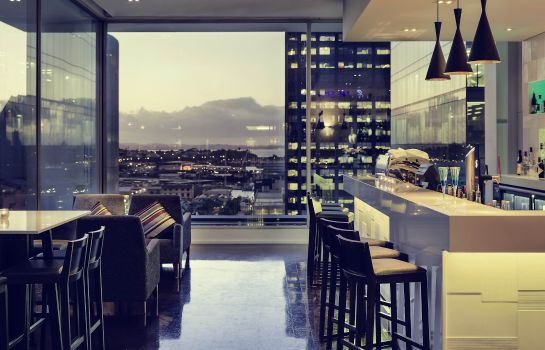 Bar del hotel Grand Mercure Auckland