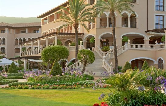 Vista exterior The St. Regis Mardavall Mallorca Resort