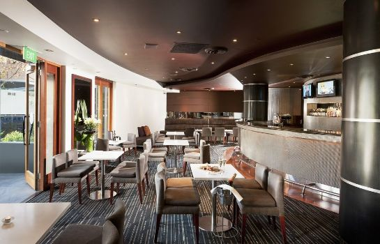 Bar del hotel Quay West Suites Melbourne