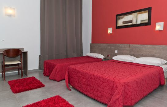 Triple room Le Riviera