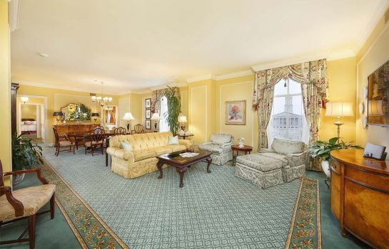 Suite The Hermitage Hotel LEGEND
