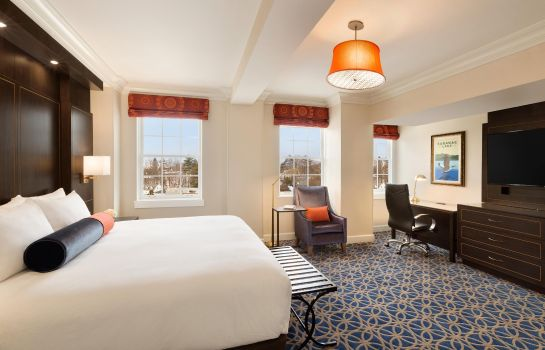 Suite Hotel Saranac Curio Collection by Hilton