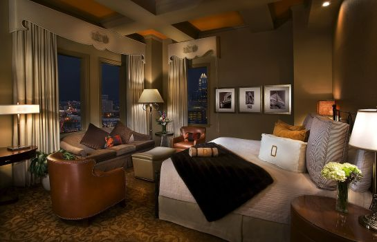 Chambre The Driskill - in The Unbound Collection by Hyatt