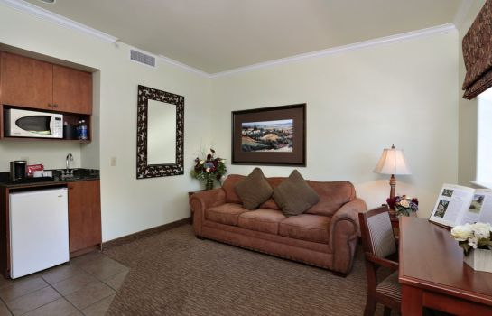 Suite PASO ROBLES INN