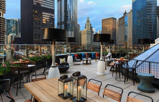 Hotel bar Renaissance Chicago Downtown Hotel