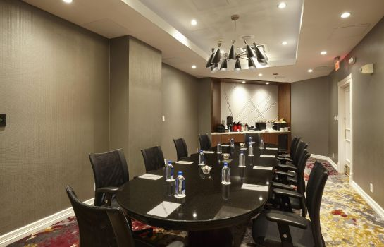 Conference room DoubleTree by Hilton Dallas Near the Galleria