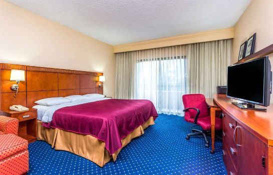 Suite BAYMONT INN & SUITES ROSWELL A