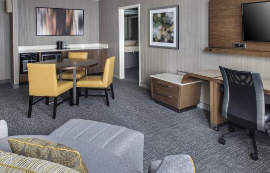 Suite Courtyard Charlotte City Center