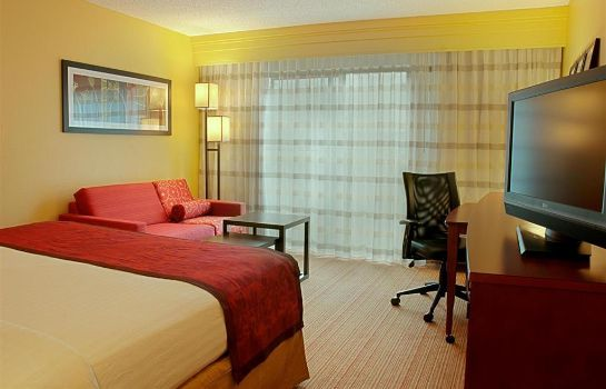Room Courtyard Houston Westchase