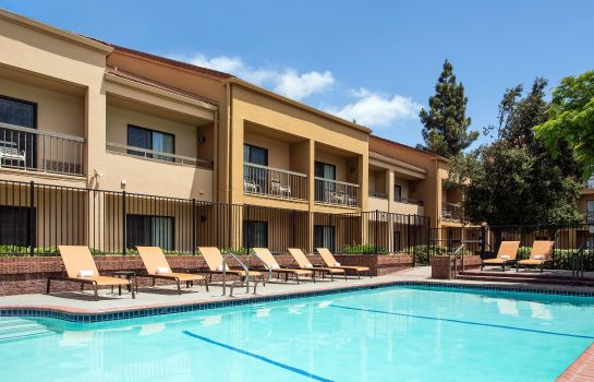 Info Courtyard Pleasanton