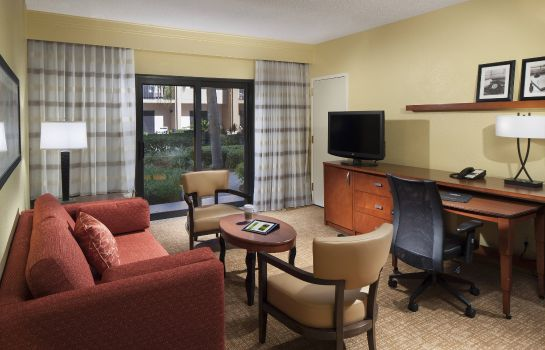 Suite Courtyard Fort Myers Cape Coral
