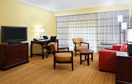 Suite Courtyard Tallahassee North/I-10 Capital Circle