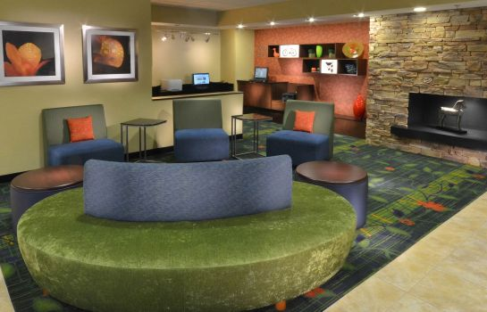 Hotelhalle Fairfield Inn & Suites Charlottesville North