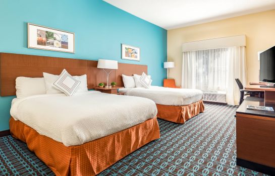 Zimmer Fairfield Inn Charlotte Northlake