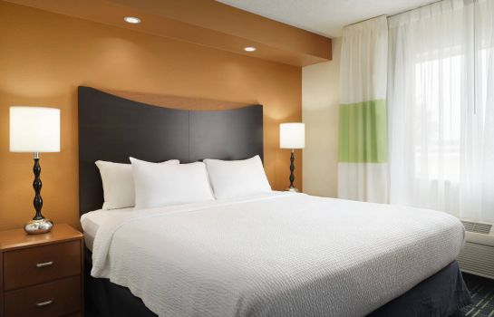Suite Fairfield Inn & Suites Champaign