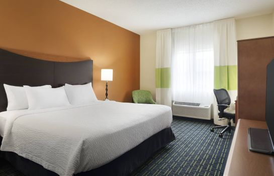 Room Fairfield Inn & Suites Champaign