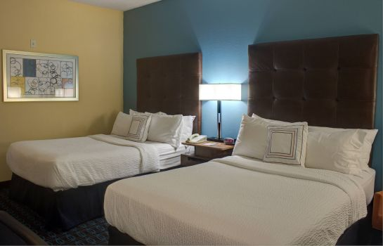 Zimmer Fairfield Inn & Suites Dallas North by the Galleria