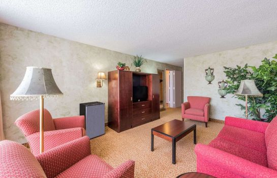 Suite RAMADA DALLAS LOVE FIELD