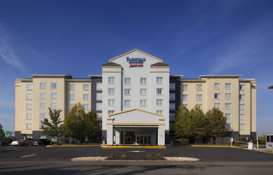 Exterior view Fairfield Inn & Suites Newark Liberty International Airport