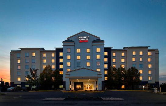 Vista exterior Fairfield Inn & Suites Newark Liberty International Airport