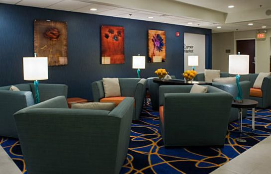 Hotelhalle Fairfield Inn & Suites Lancaster