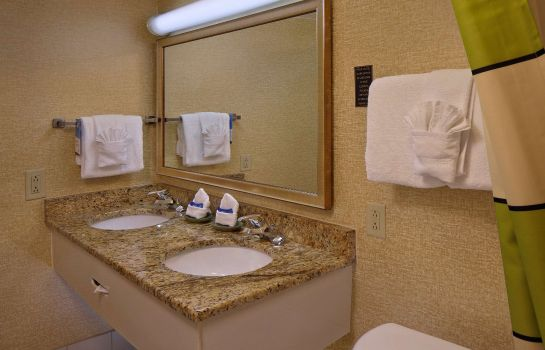 Zimmer Fairfield Inn & Suites Palm Beach