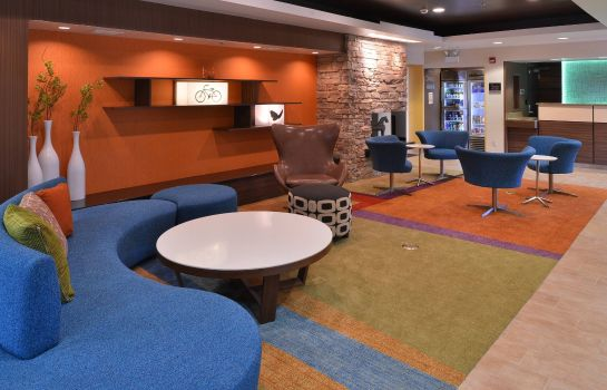 Lobby Fairfield Inn & Suites Mt. Laurel