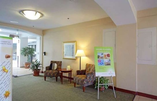 Hotelhalle La Quinta Inn and Suites Stamford / New York City