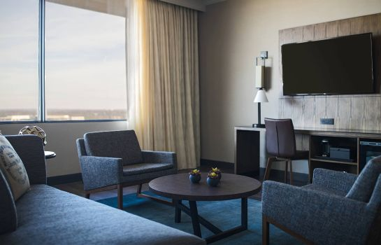 Zimmer Nashville Airport Marriott