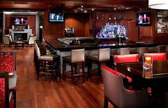 Hotel-Bar Cleveland Marriott Downtown at Key Center
