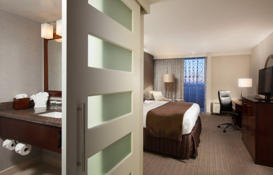 Zimmer Crowne Plaza CHARLOTTE EXECUTIVE PARK