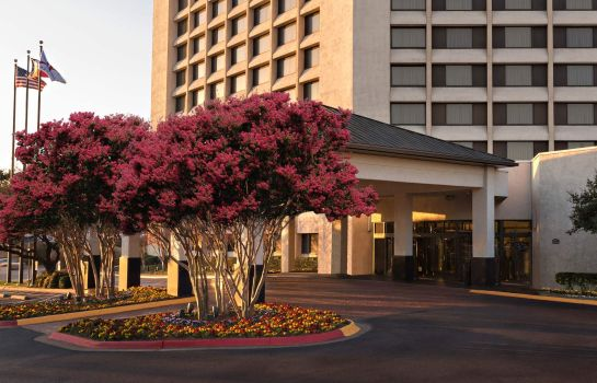 Exterior view Dallas/Addison Marriott Quorum by the Galleria