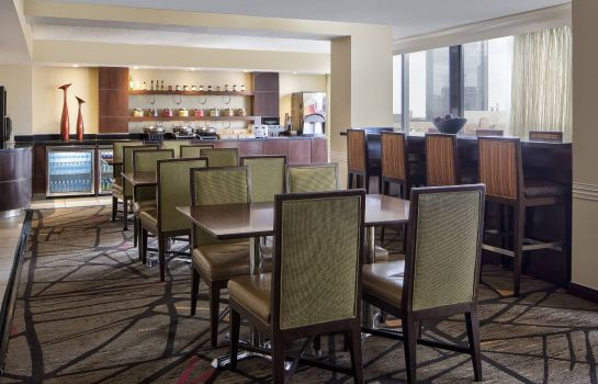 Hotel bar Houston Marriott West Loop by The Galleria