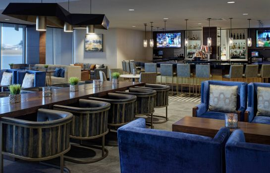 Bar del hotel Kansas City Airport Marriott