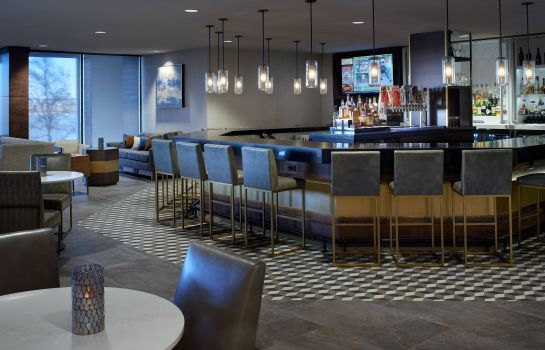 Hotel bar Kansas City Airport Marriott