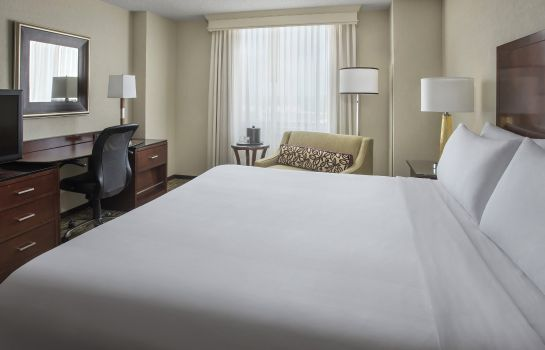 Zimmer Philadelphia Airport Marriott