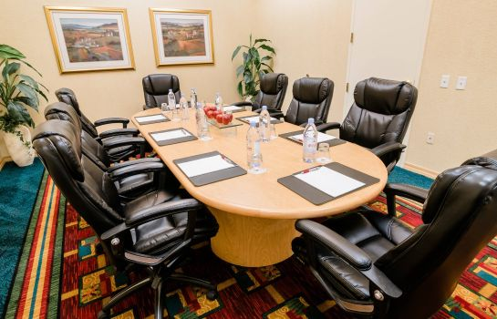 Conference room Anaheim Marriott Suites