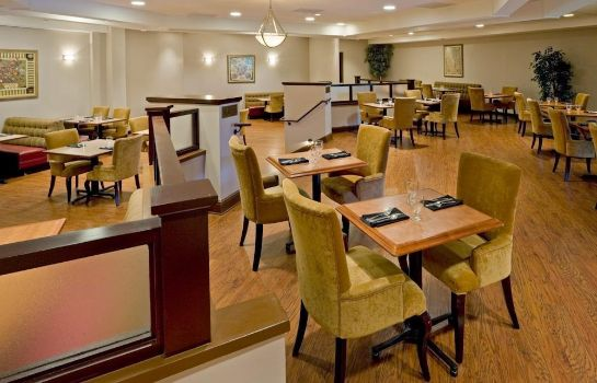Restauracja Crowne Plaza SOMERSET-BRIDGEWATER